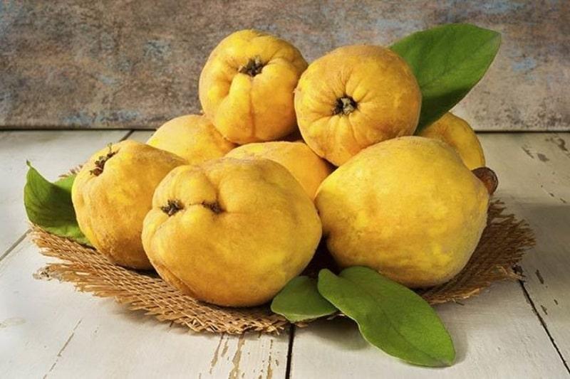 رفع یبوست با میوه به