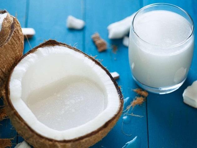 فواید شیر نارگیل