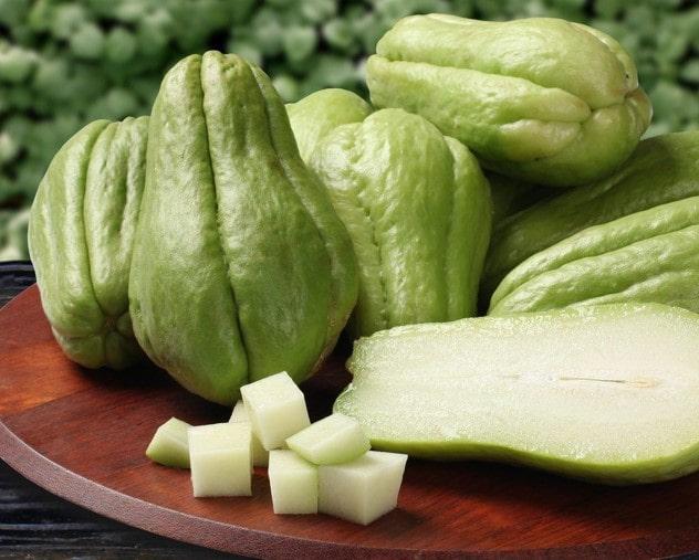 Chayote چایوت از انواع میوه استوایی